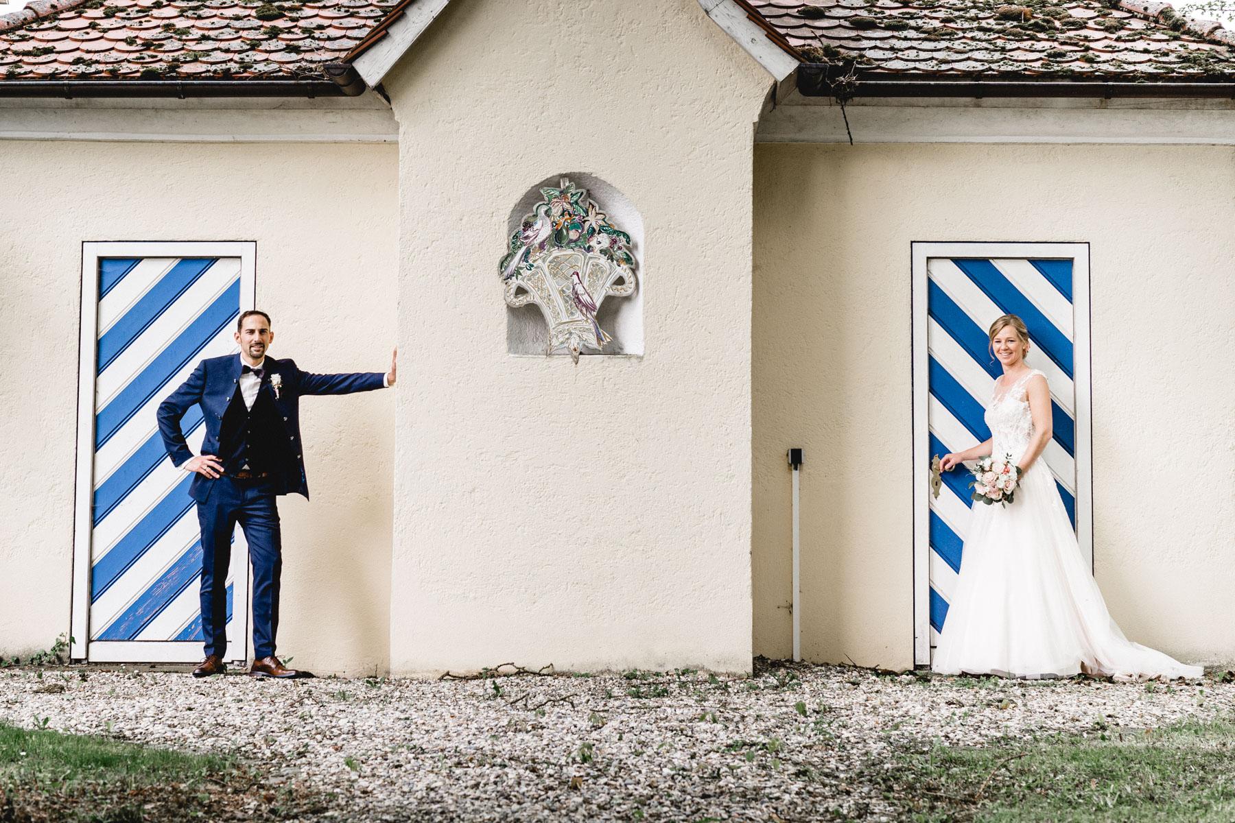 Portrait Annika ChristianHochzeitsreportage SchlossWilflingen Hochzeitsfotograf Eisighof MarcusBraun Fotografie  www.mb fotografie.de 21 - Heiraten im Schloss Wilflingen anschließend ausgiebig feiern auf dem Eisighof..